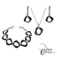 Parure bijoux collier, bracelet et boucles d'oreilles en céramique noire
