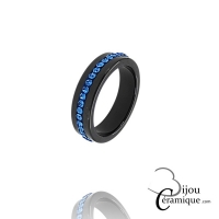 Bague céramique noire et strass de couleur bleue